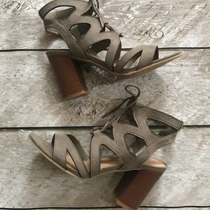 Laura Lace Up Heel